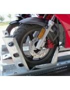 Držáky a nájezdy pro motocykly
